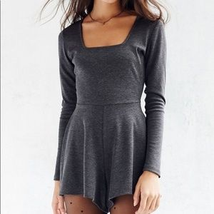 Urban Outfitters Pants - UO KIMCHI BLUE Gray Long Sleeve Square Romper S